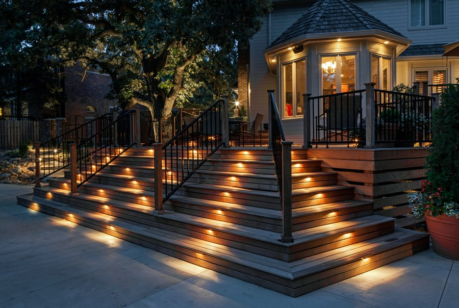 Types Of Deck Lighting And Their Advantages