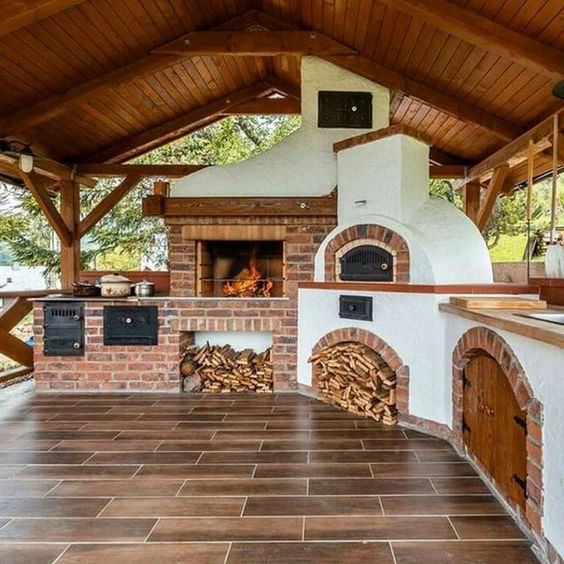 9 Must Have Outdoor Kitchens